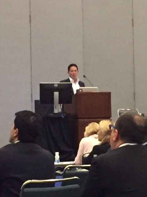 Dr. Schwartz Speaking at Plastic Surgery Convention